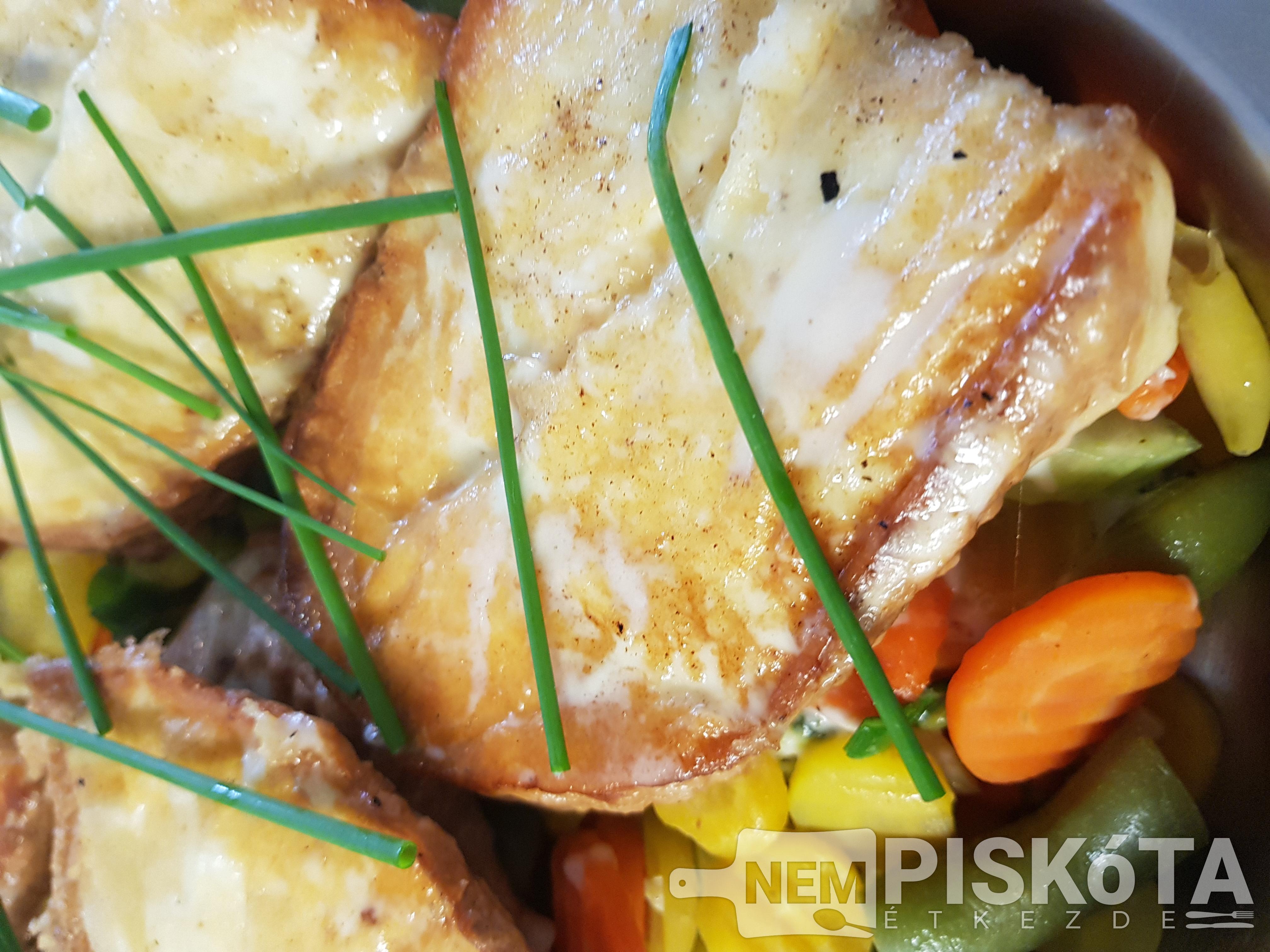 NemPiskóta Étkezde: Grillezett gomolyasajt idény zöldségekkel